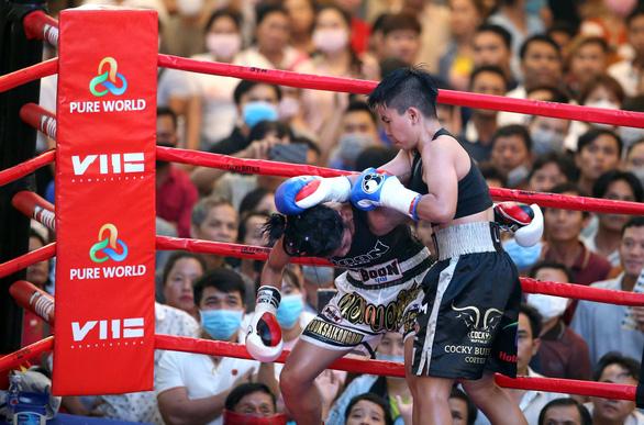 Thu Nhi - nữ võ sĩ quyền anh Việt Nam đầu tiên giành đai WBO châu Á-Thái Bình Dương - Ảnh 1.