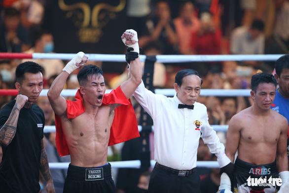 Đêm toàn thắng của quyền Anh Việt Nam tranh đai WBO châu Á - Thái Bình Dương - Ảnh 6.