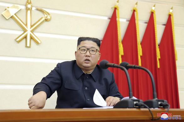 Triều Tiên cách chức 2 quan chức cấp cao tham nhũng - Ảnh 1.