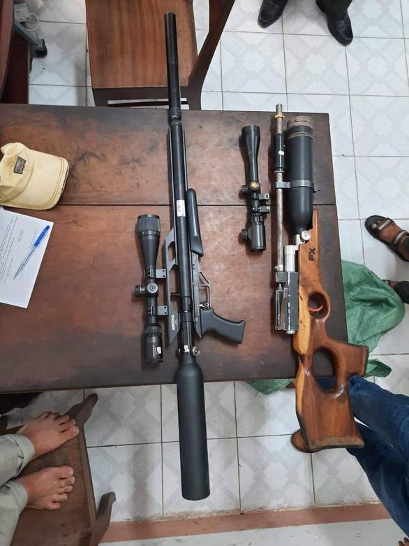 Công an truy tìm thêm nghi phạm vụ rượt trộm dê, bắn gục 4 người - Ảnh 1.