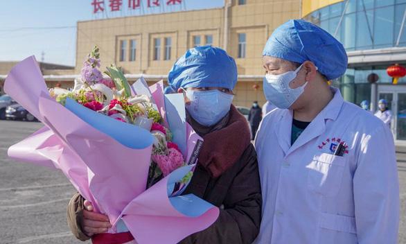 Thủ tướng Trung Quốc: Ngành y tế không được phép giấu dịch - Ảnh 1.