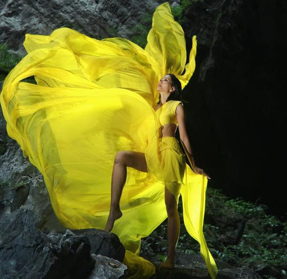 HHen Niê viết về Sơn Đoòng: Hoảng sợ và mỏng manh trước thiên nhiên kỳ bí - Ảnh 1.
