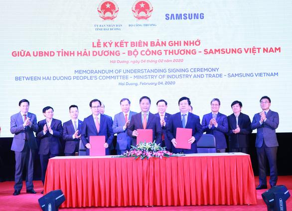 Đề nghị Samsung giúp doanh nghiệp Việt tham gia chuỗi cung ứng toàn cầu - Ảnh 1.