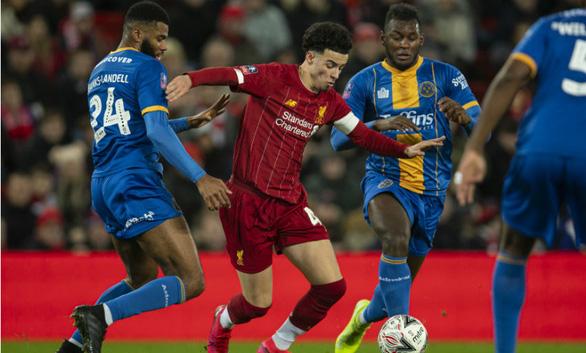 Nhờ đội hình tuổi chỉ hơn 19, Liverpool vào vòng 5 Cúp FA gặp Chelsea - Ảnh 2.