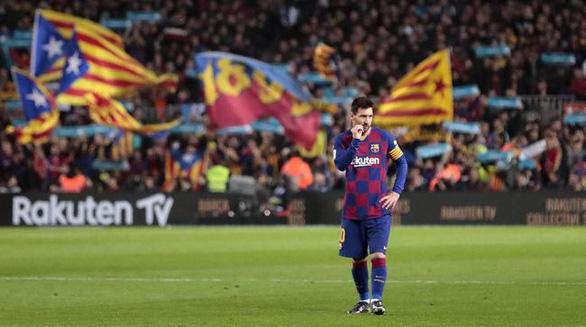 Chủ tịch Barca ra tay, Messi và Abidal hòa giải - Ảnh 1.