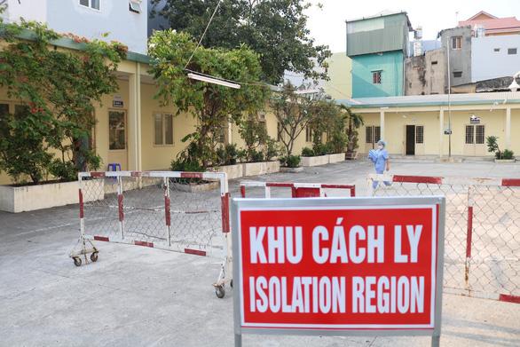 47 bệnh viện ở TP.HCM có khu cách ly để điều trị bệnh nhân nhiễm nCoV - Ảnh 1.