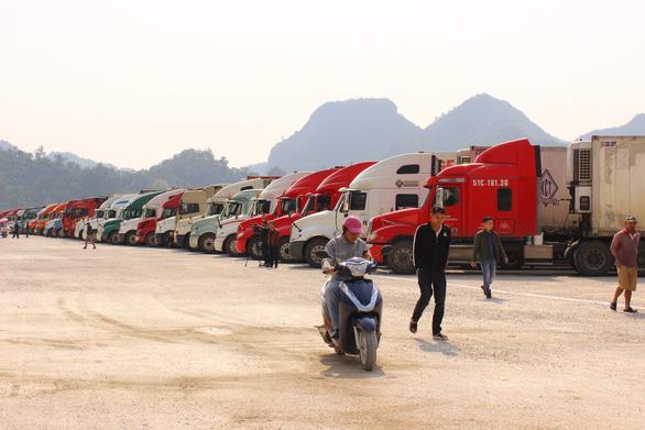 Tài xế chở hàng xuất nhập khẩu qua biên giới có bị cách ly 14 ngày không? - Ảnh 1.