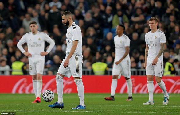 Real Madrid và Barcelona cùng bị đá văng khỏi Cúp Nhà vua - Ảnh 3.