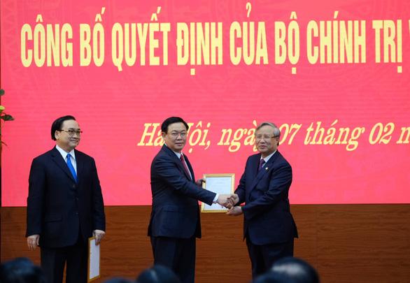 Tân bí thư Thành ủy Hà Nội Vương Đình Huệ: Vinh dự lớn, trách nhiệm nặng nề - Ảnh 2.
