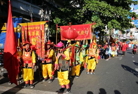 Tết Nguyên tiêu của người Hoa Chợ Lớn là di sản văn hóa phi vật thể quốc gia - Ảnh 6.