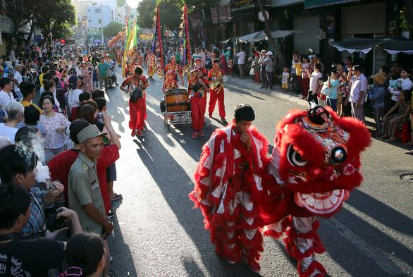 Tết Nguyên tiêu của người Hoa Chợ Lớn là di sản văn hóa phi vật thể quốc gia - Ảnh 7.