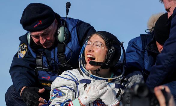 Phụ nữ ghi dấu lịch sử trên không gian - Ảnh 1.