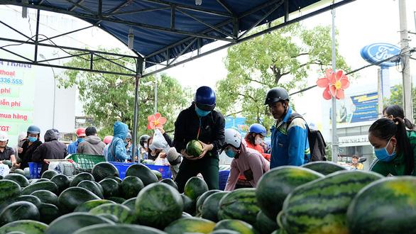 Cộng đồng ra tay giải cứu nông sản mùa dịch virus corona - Ảnh 2.