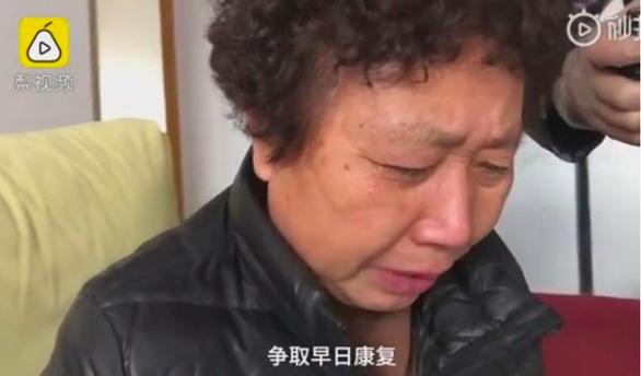 Mẹ bác sĩ Lý Văn Lượng yêu cầu giải thích sau cái chết của con trai - Ảnh 1.