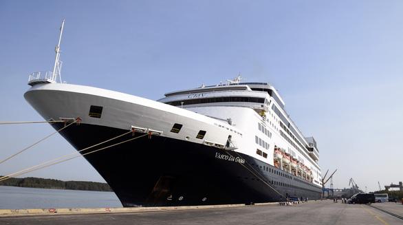 Gần 700 khách châu Âu cập bến ở Bà Rịa - Vũng Tàu - Ảnh 1.