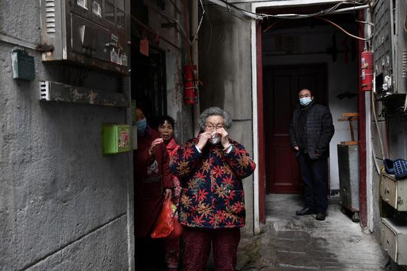 Trung Quốc nói sẽ hồi hương công dân vì dịch COVID-19 nếu cần thiết - Ảnh 2.