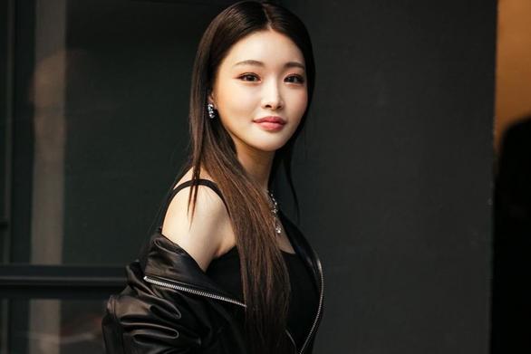 Phim của Kim Tae Hee ngừng quay do có nhân viên nhiễm virus corona - Ảnh 2.
