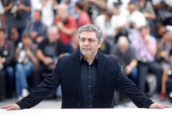 Đạo diễn Iran phải nhận giải Gấu Vàng ở Berlin từ xa vì bị cấm xuất cảnh - Ảnh 2.