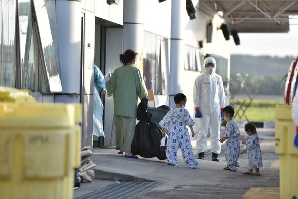 Dịch COVID-19 ngày 1-3: Đức tăng gấp đôi số người nhiễm, Iran lên gần 1.000 ca - Ảnh 2.
