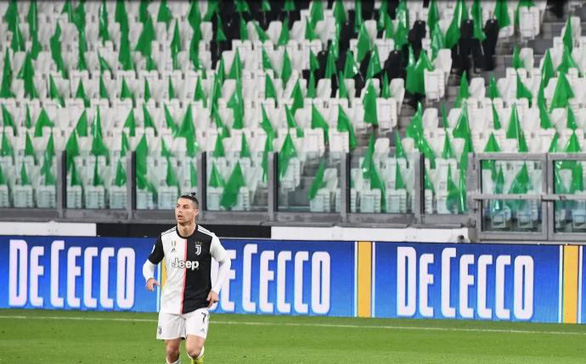 Thủ tướng Ý tuyên bố đình chỉ Serie A vô thời hạn vì COVID -19 - Ảnh 1.
