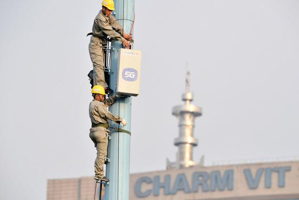 Các doanh nghiệp viễn thông tăng dung lượng cho khách hàng trong mùa dịch - Ảnh 1.