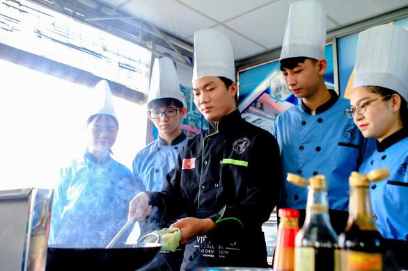 Quản trị Bếp - Ẩm thực: trải nghiệm nghề nghiệp và đảm bảo tương lai - Ảnh 1.
