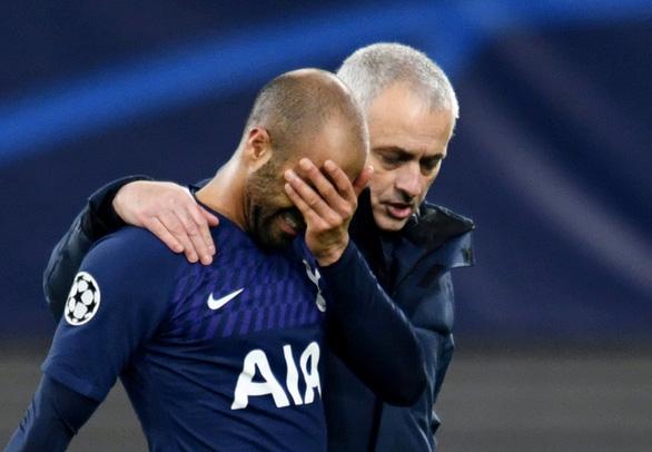 Đi săn không súng, Tottenham bị Leipzig loại khỏi Champions League - Ảnh 1.