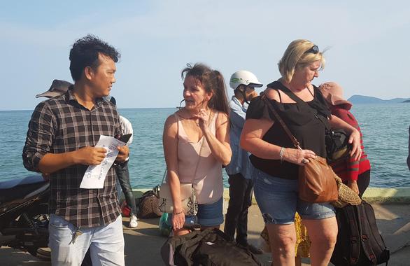 Phú Quốc vẫn đón hơn 10.000 du khách nước ngoài  - Ảnh 1.