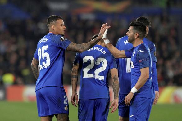 Getafe thà chịu thua chứ không đến Milan đá Europa League vì lo COVID-19 - Ảnh 1.