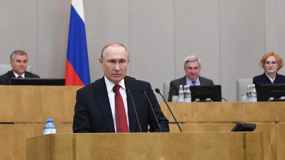 Hạ viện Quốc hội Nga nhất trí cho phép Tổng thống Putin tái tranh cử - Ảnh 1.