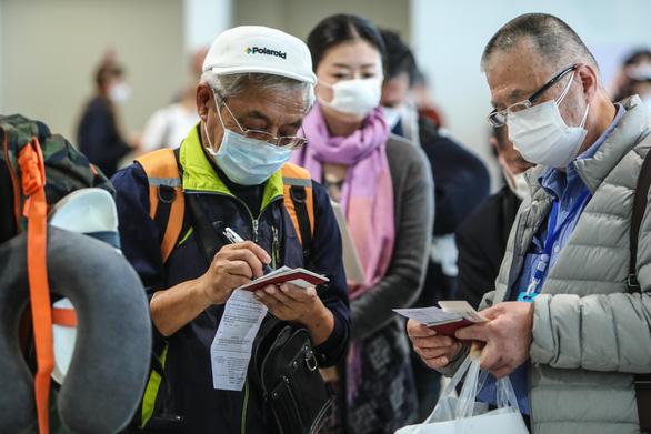 Thêm 3 ca nhiễm COVID-19 mới, đều liên quan bệnh nhân số 34 ở Bình Thuận - Ảnh 1.