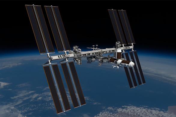 Khách đầu tiên đã chi 1.276 tỉ đồng đặt chỗ du lịch lên Trạm vũ trụ quốc tế - Ảnh 1.