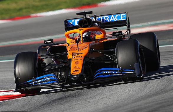 Đội đua McLaren rút lui khỏi Giải F1 vì thành viên nhiễm corona - Ảnh 1.