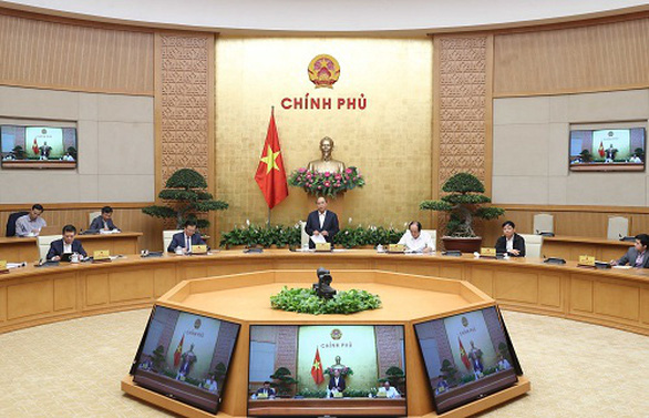 Thủ tướng: Vừa chống dịch thành công, vừa giữ vững kinh tế - xã hội - Ảnh 1.