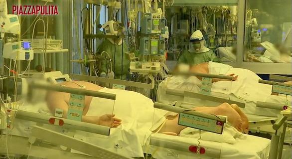 2/3 bệnh nhân ở Ý là nam giới lớn tuổi - Ảnh 1.