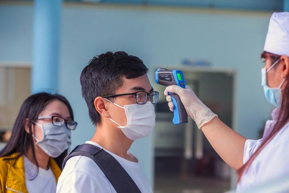 Học sinh THPT và sinh viên ở Đồng Nai nghỉ học đến hết 4-4 - Ảnh 1.