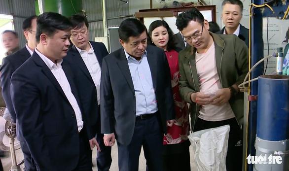 24 lãnh đạo, cán bộ Nghệ An không còn phải cách ly tại nhà - Ảnh 1.