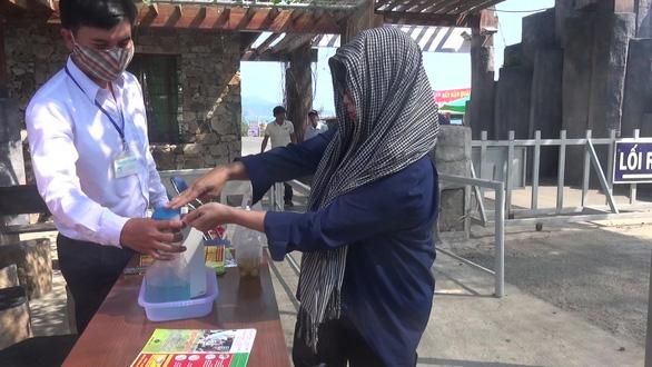 Hội An, Phú Yên dừng các hoạt động tham quan du lịch - Ảnh 3.