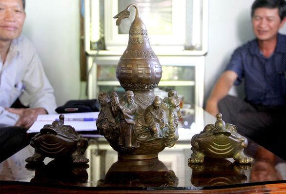Bảo tàng Phú Yên chính thức xác nhận đồ cổ tỉ đô chỉ là đồ lưu niệm - Ảnh 2.
