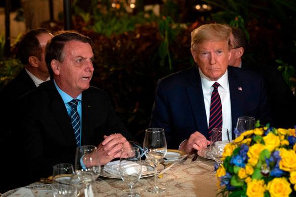 Bị truyền thông đồn dương tính, Tổng thống Brazil phản bác nhanh chóng - Ảnh 1.
