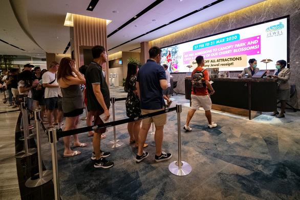 Singapore yêu cầu du khách từ Đông Nam Á tự cách ly 14 ngày - Ảnh 1.