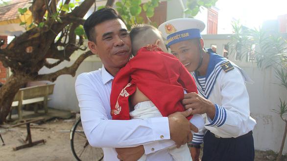 Tuổi 20 ở Trường Sa - Kỳ 2: Trai Sài Gòn ở Trường Sa - Ảnh 1.