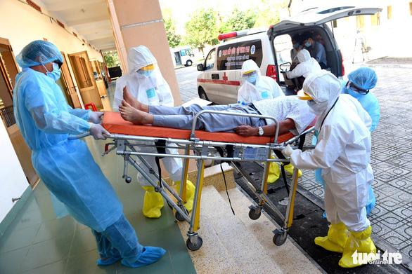 Du khách Anh mắc COVID-19 đang điều trị ở Quảng Nam, ca thứ 57 - Ảnh 1.