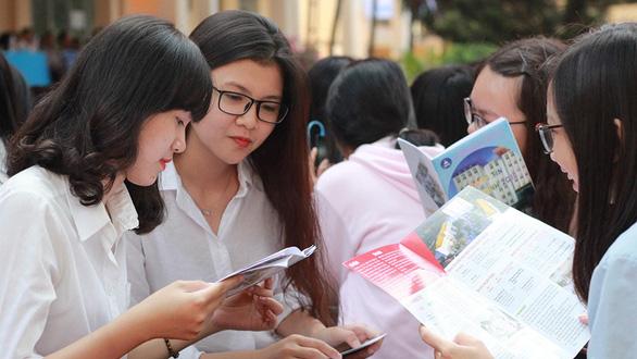 Lùi kỳ thi THPT quốc gia, tuyển sinh đại học sẽ thế nào? - Ảnh 1.