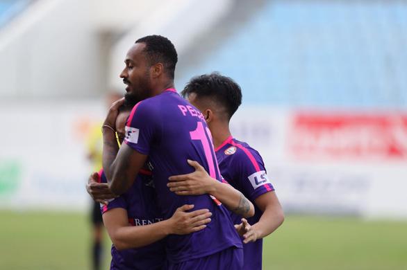 SHB Đà Nẵng thua sốc Sài Gòn 1-4 trên sân nhà - Ảnh 3.