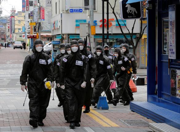 Hàn Quốc có ổ dịch COVID-19 mới, liên quan giáo phái ở Seongnam - Ảnh 1.