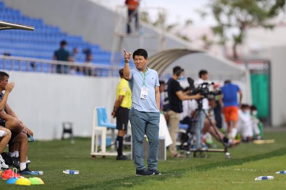 Bóng đá thế giới có lẽ phải học V-League - Ảnh 3.