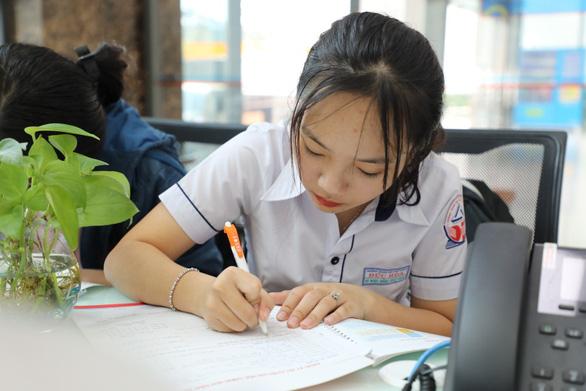 Cách xét tuyển đại học phù hợp dù biến động thời gian thi THPT quốc gia 2020 - Ảnh 1.
