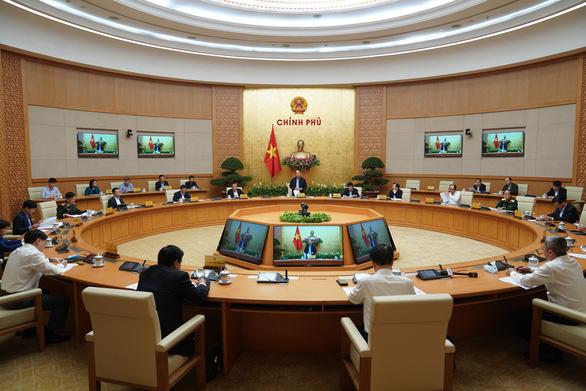 Từ 0h tối nay 18-3 tạm ngừng cấp thị thực cho người nước ngoài nhập cảnh Việt Nam - Ảnh 1.