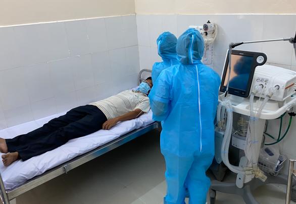 2 bệnh nhân COVID-19 người Anh khỏi bệnh, 8 người khác âm tính lần 1 - Ảnh 1.